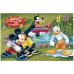 Puzzle  Trefl-19275 Mick und Goofy spritzen Donald nass