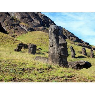 Puzzle Grafika-01266 Moai at Quarry, Osterinsel