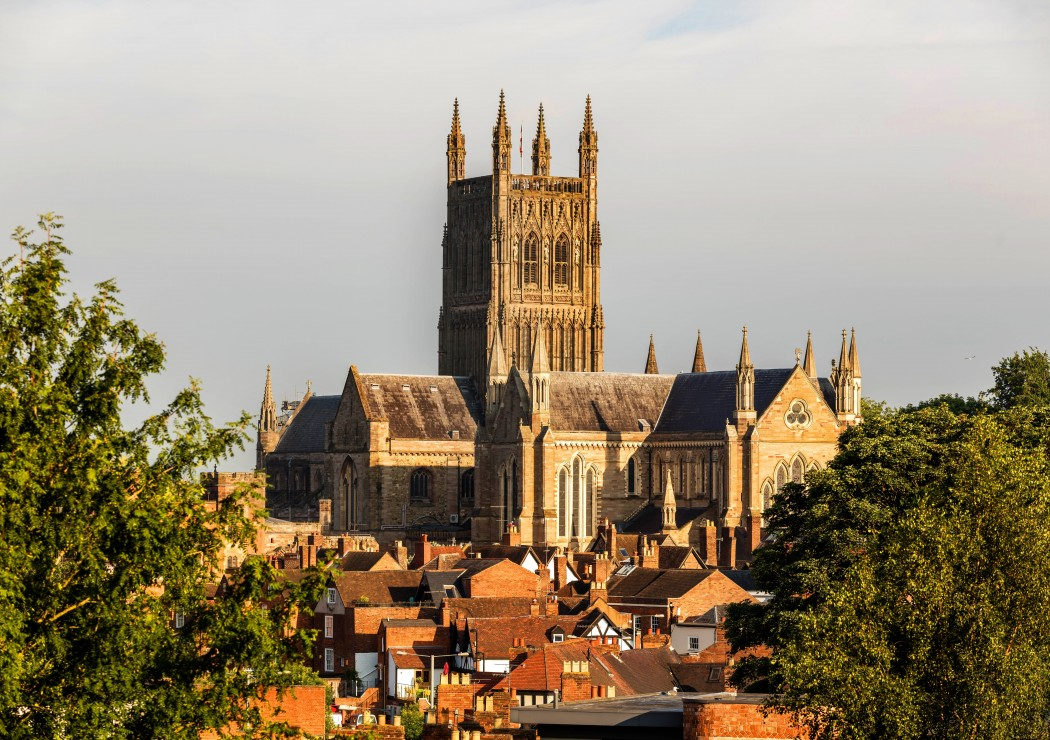 grafika-worcester-cathedral-viewed-from-fort-royal-park-1500-teile-puzzle-grafika-t-00936